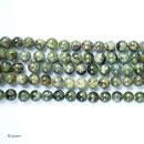 Stränge-Granat-grün-Grossular-01